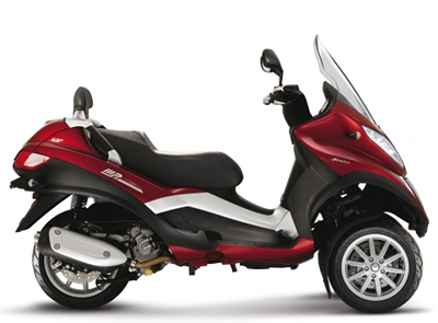 piaggio mp3 lt 300cc caract ristiques techniques asso scooter. Black Bedroom Furniture Sets. Home Design Ideas