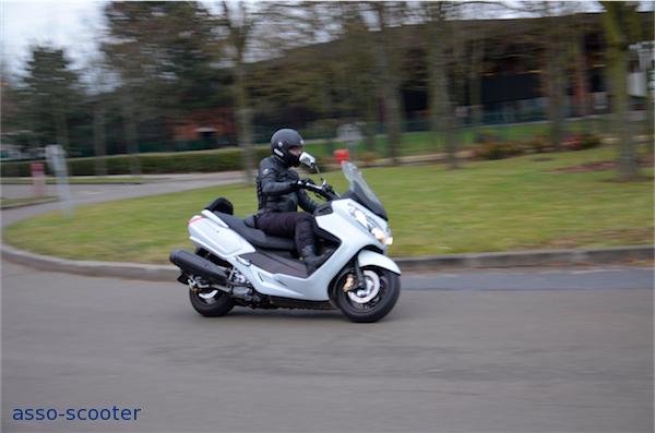 Essai Sym Maxsym 400I : trop bien ! | Asso-scooter